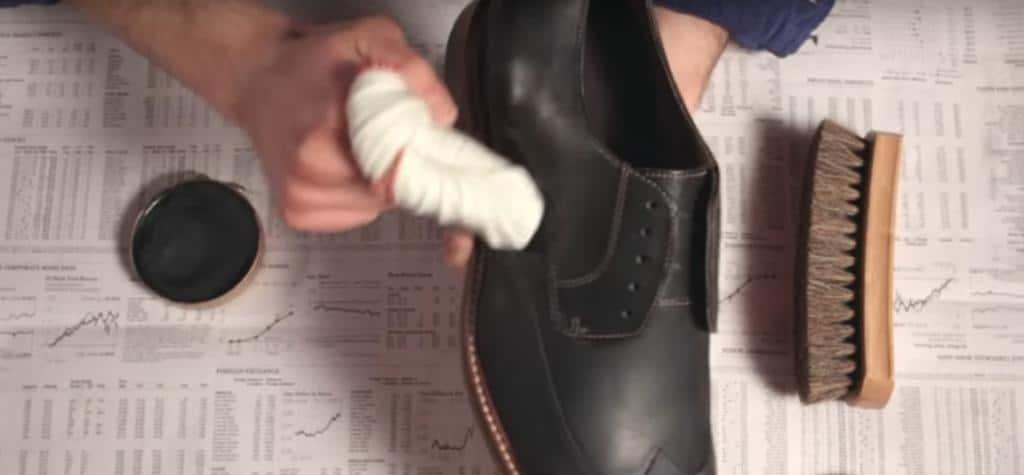 hướng dẫn đánh giày