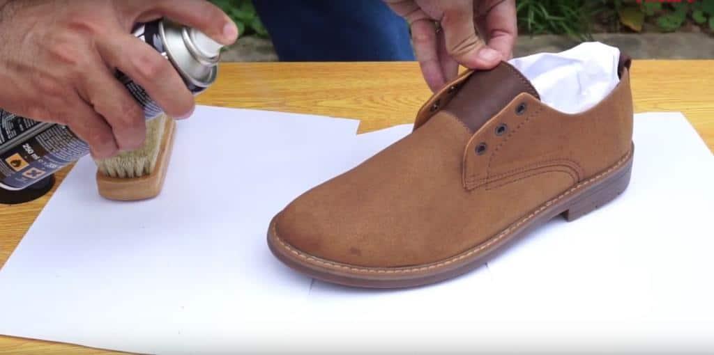 hướng dẫn khắc phục giày da lộn bị bạc màu